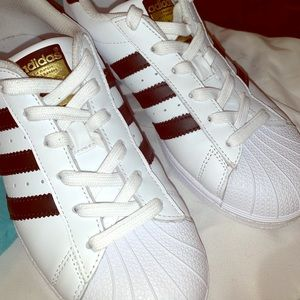 Adidas Women Size 5